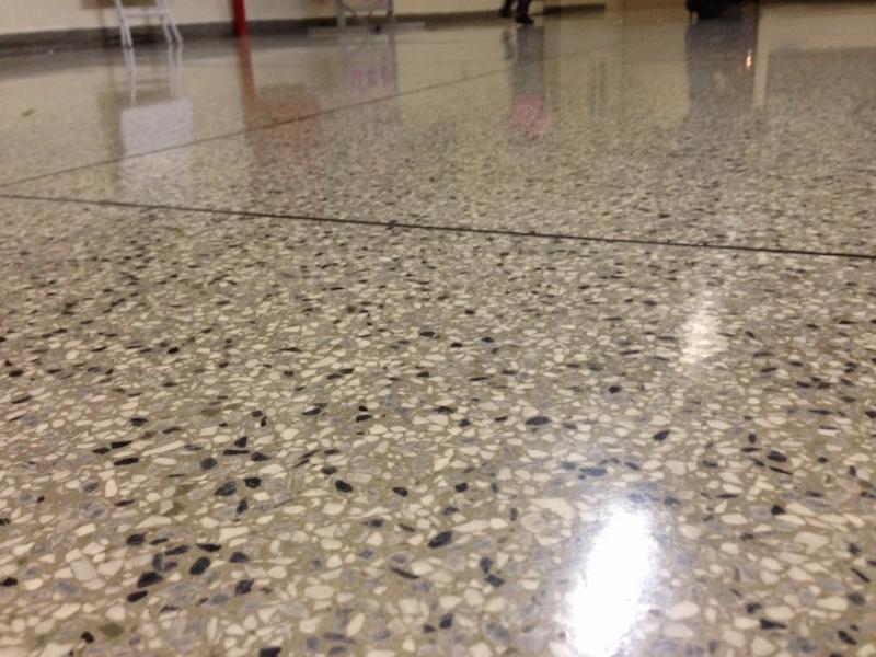 Empresa de Piso de Granilite Lapidado Jardim Paulistano - Empresa de Piso Granilite Restauração