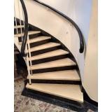restauração de escada de granilite